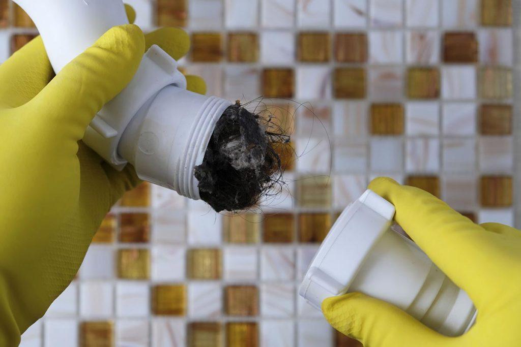 Conduites bouchées ou obstruction d'appareil sanitaire
